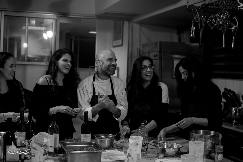 סדנת בישול למסיבת רווקים ורווקות